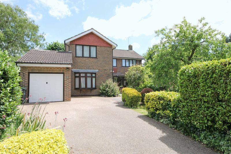 5 Bedrooms Detached House for sale in Hollybank Lane, Emsworth