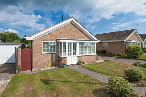 2 bedroom detached bungalow for sale - Felpham, West Sussex