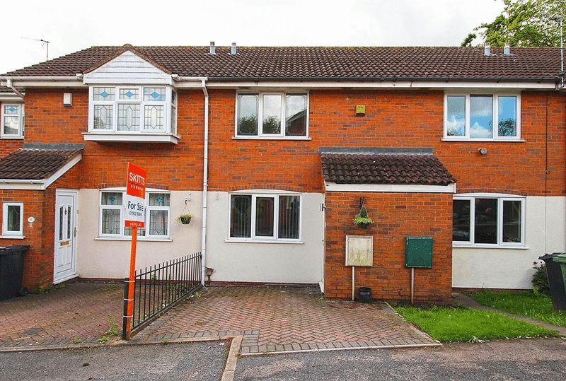 2 Bedrooms Terraced House for sale in Roper Way, WOODSETTON