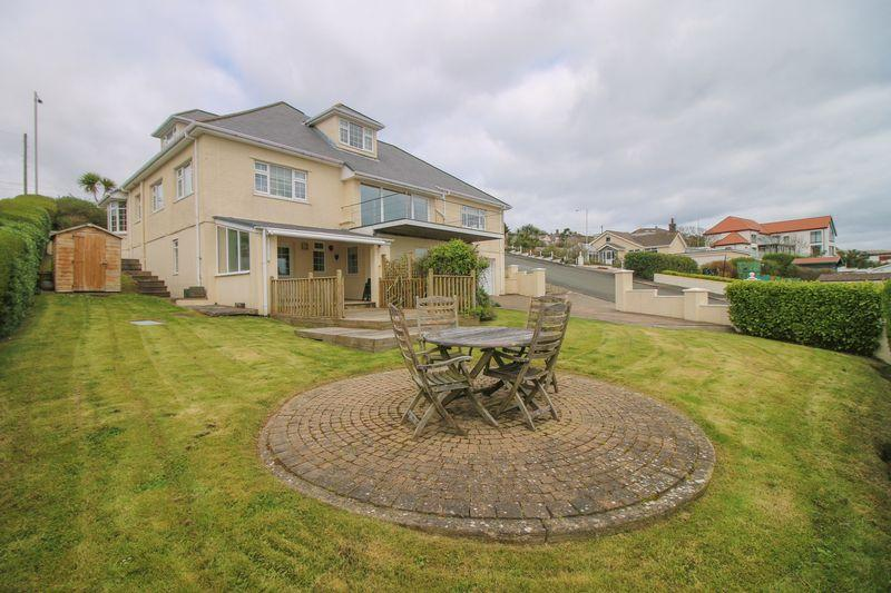 4 Bedrooms Detached House for sale in 82 King Edward Road, Onchan