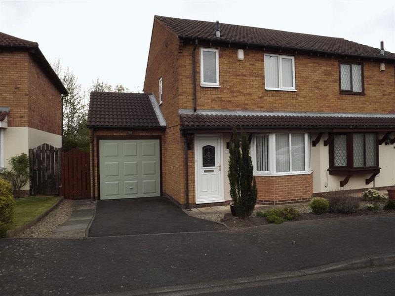 3 Bedrooms Semi Detached House for sale in The Spinney, Cramlington
