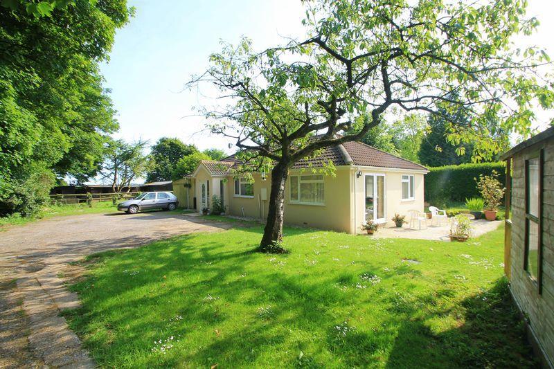 2 Bedrooms Detached Bungalow for sale in Wheatsheaf Lane, Martin