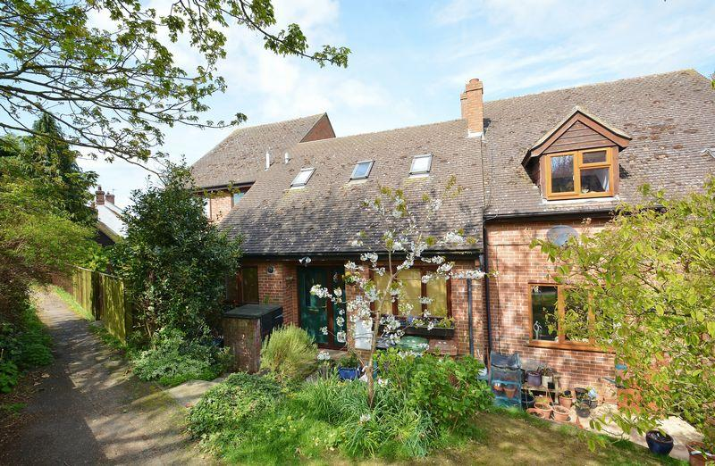 2 Bedrooms Terraced House for sale in The Laurels, Tetsworth