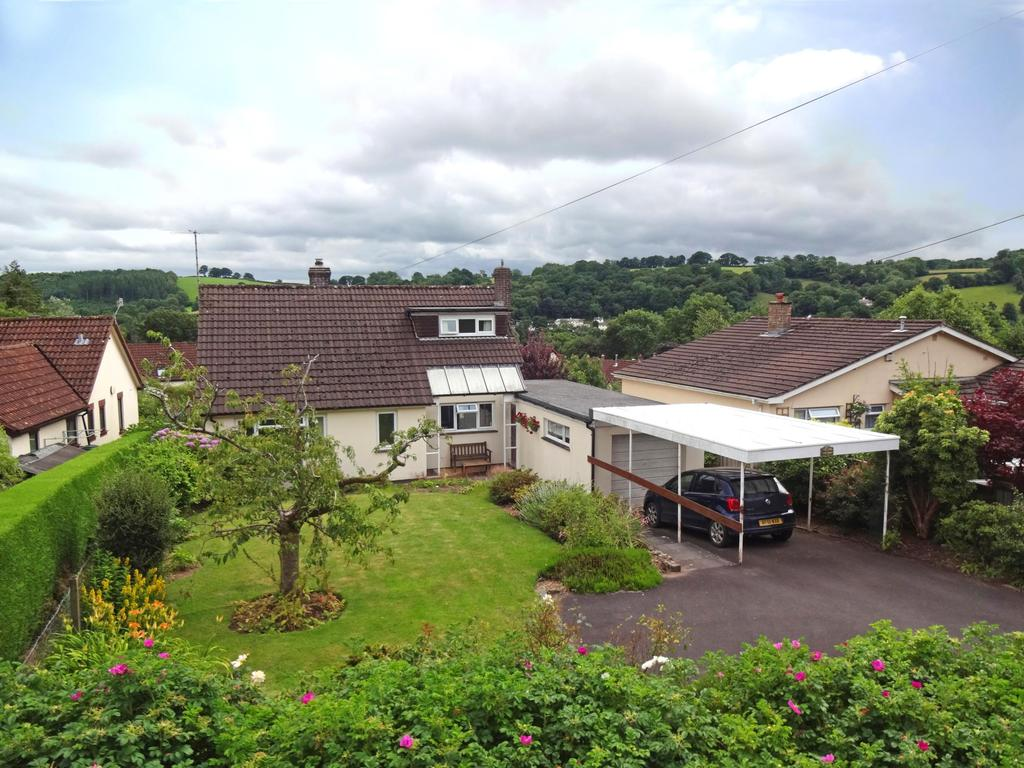 3 Bedrooms Bungalow for sale in Jury Road, Dulverton