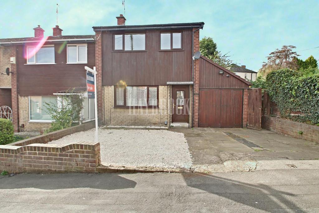 2 Bedrooms Semi Detached House for sale in Wheatcroft Road, Rawmarsh