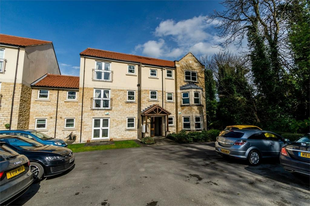 2 Bedrooms Flat for sale in Abbeystone Way, Monk Fryston, LEEDS, North Yorkshire