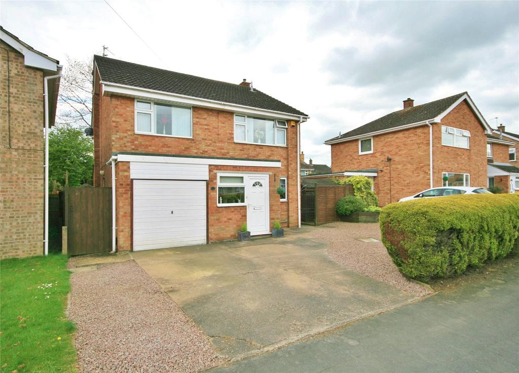 4 Bedrooms Detached House for sale in Northcliffe Road, Grantham, NG31