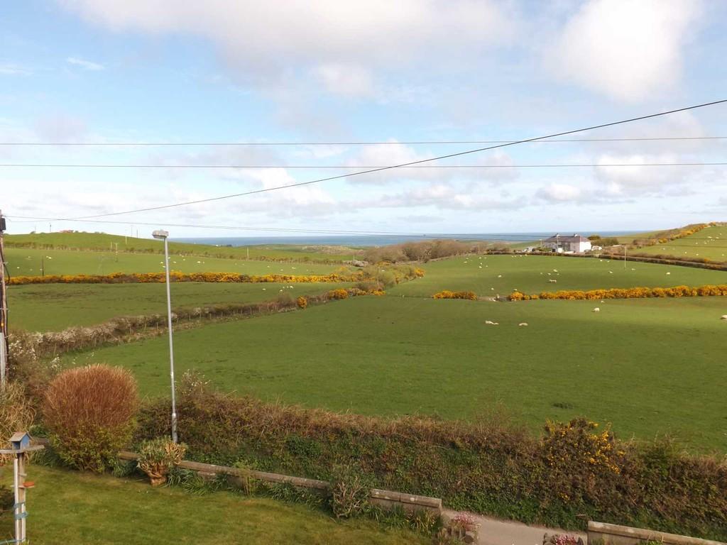 Property To Rent Llanfairynghornwy