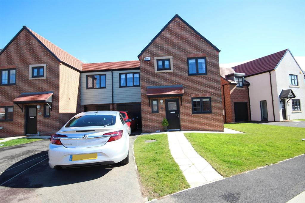 3 Bedrooms Semi Detached House for sale in Cranesbill Avenue, Bishop Cuthbert, Hartlepool