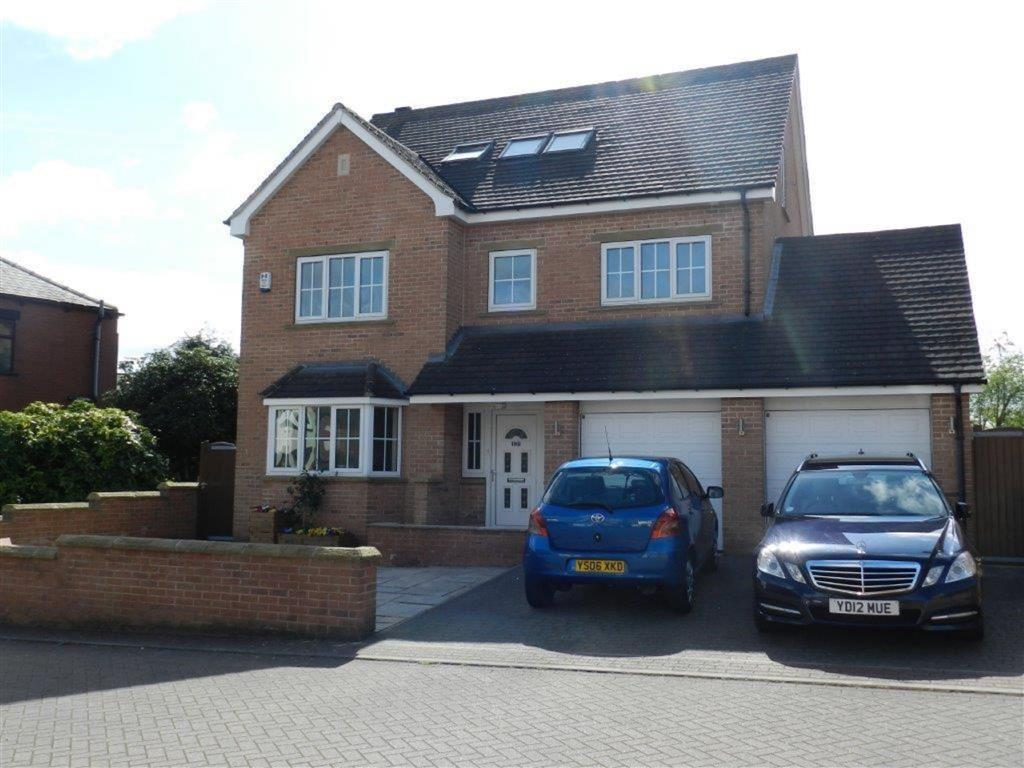 5 Bedrooms Detached House for sale in Crown Hill Road, Pogmoor, Barnsley, S70