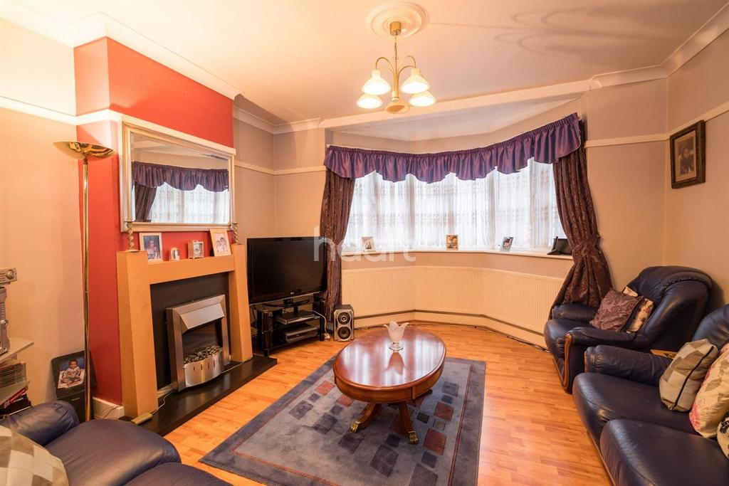 3 Bedrooms Semi Detached House for sale in Vivian Avenue, Wembley Triangle