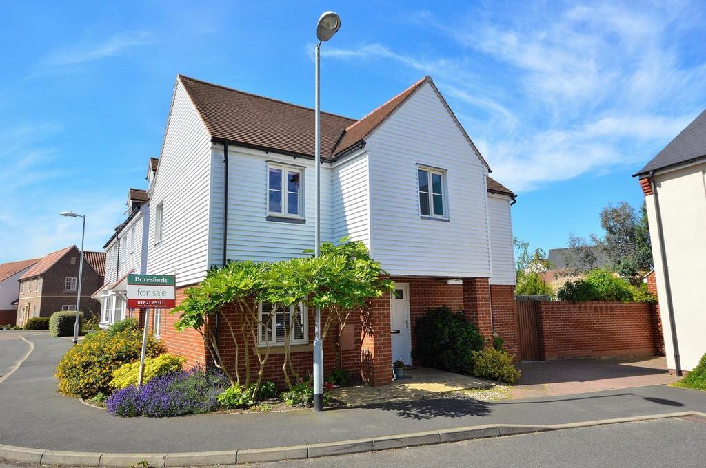 4 Bedrooms Detached House for sale in Rennie Walk, Heybridge, Maldon, Essex, CM9