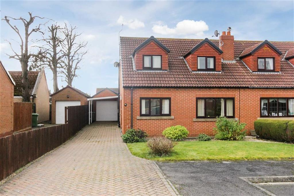 3 Bedrooms Semi Detached House for sale in Churchill Close, Great Ayton