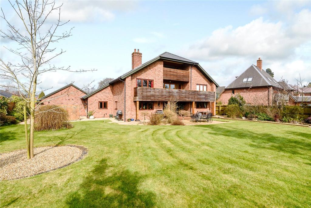 5 Bedrooms Detached House for sale in Morda Road, Oswestry, Shropshire