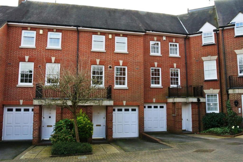 3 Bedrooms Town House for sale in St. Nicholas Church Street, Warwick