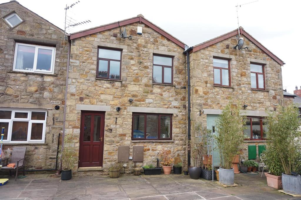3 Bedrooms Terraced House for sale in Church Street, Ribchester