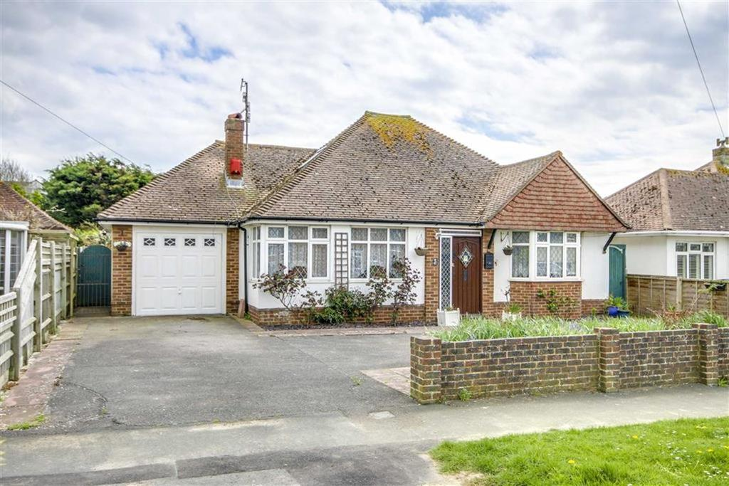 6 Bedrooms Detached House for sale in Fairlight Avenue, Telscombe Cliffs, Peacehaven