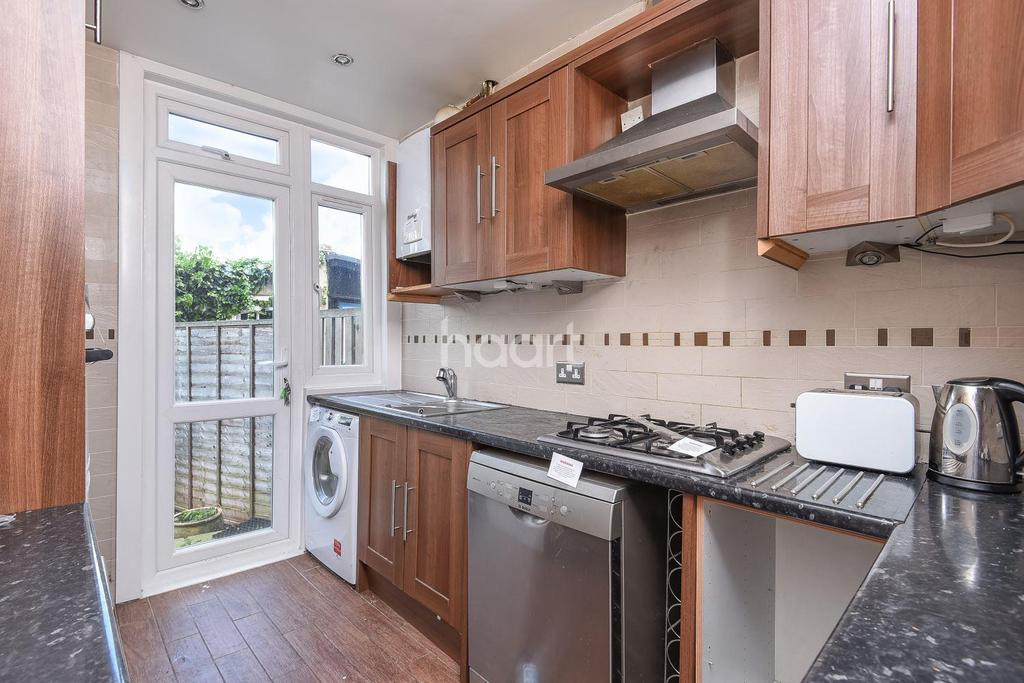 3 Bedrooms Semi Detached House for sale in Craignair Road, Brixton, SW2