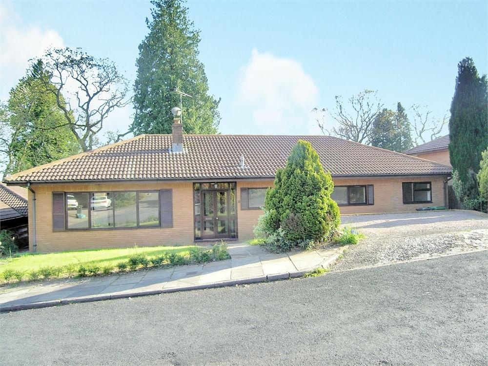 3 Bedrooms Detached Bungalow for sale in Clos Coed-Y-Dafarn, Lisvane, Cardiff