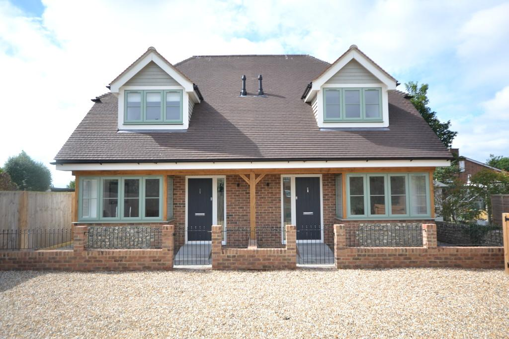 2 Bedrooms Semi Detached House for sale in Off York Road, Chichester