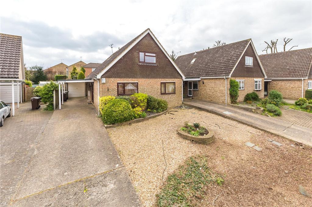 3 Bedrooms Detached House for rent in Tintern Close, Harpenden, Hertfordshire