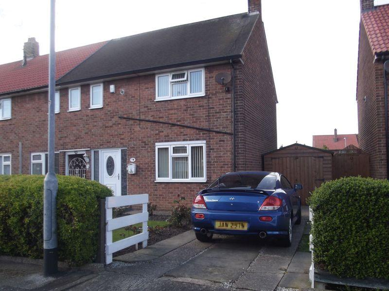 3 Bedrooms Semi Detached House for sale in Twyford Close, Hull