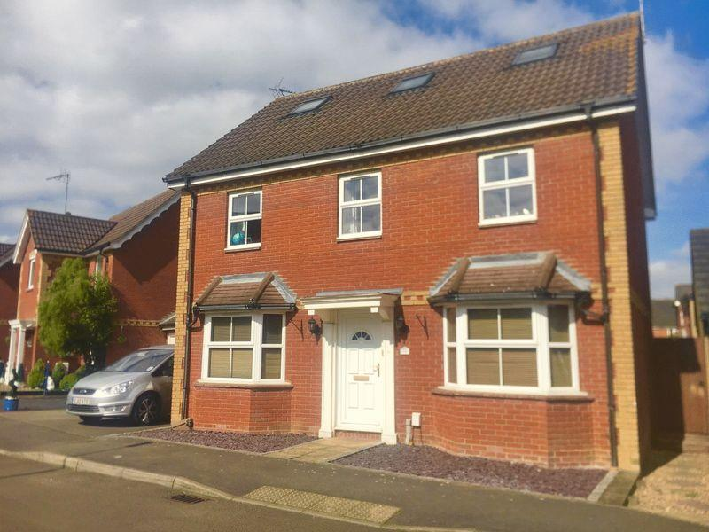 6 Bedrooms Detached House for sale in Victoria Gate, Church Langley, Harlow