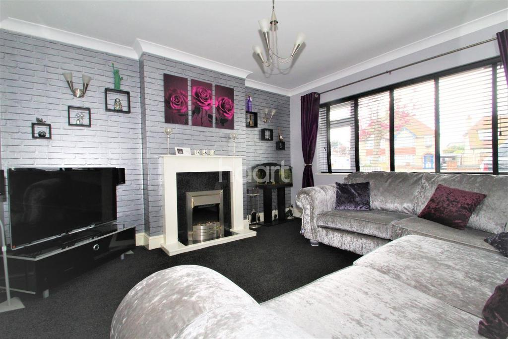 2 Bedrooms Bungalow for sale in Clacton-on-sea