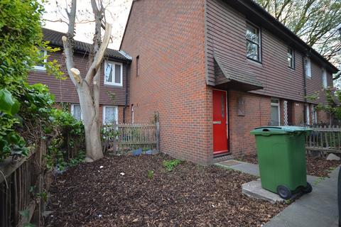 1 bedroom flat for sale - Abbeyfield Road, London
