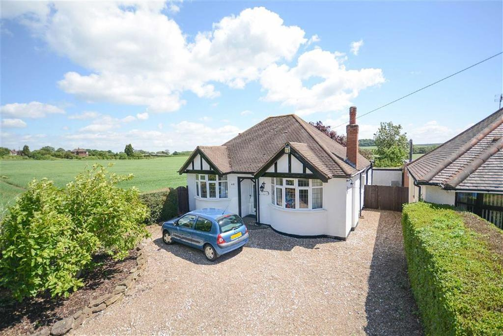 3 Bedrooms Detached Bungalow for sale in Tollerton Lane, Tollerton