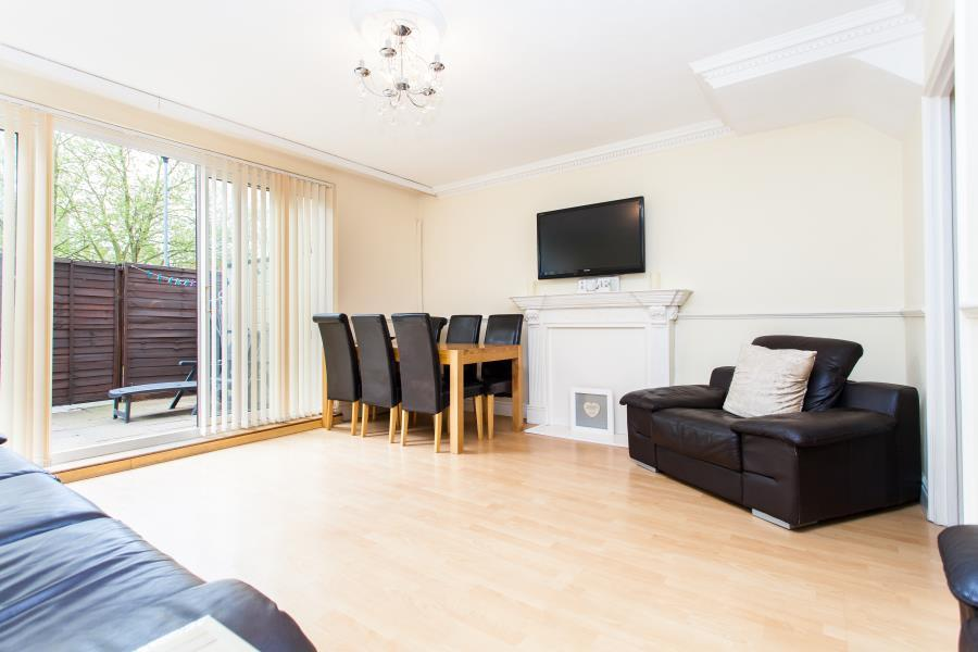 3 Bedrooms Maisonette Flat for sale in Weymouth Terrace, Shoreditch, E2