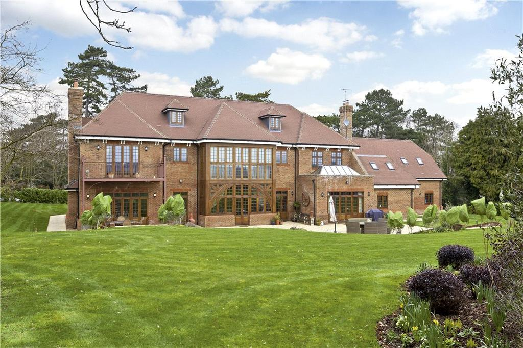 7 Bedrooms Detached House for sale in Hawks Hill, Fetcham, Leatherhead, Surrey, KT22