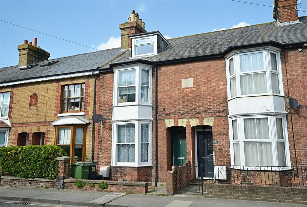3 Bedrooms Semi Detached House for sale in Ferry Road, Rye