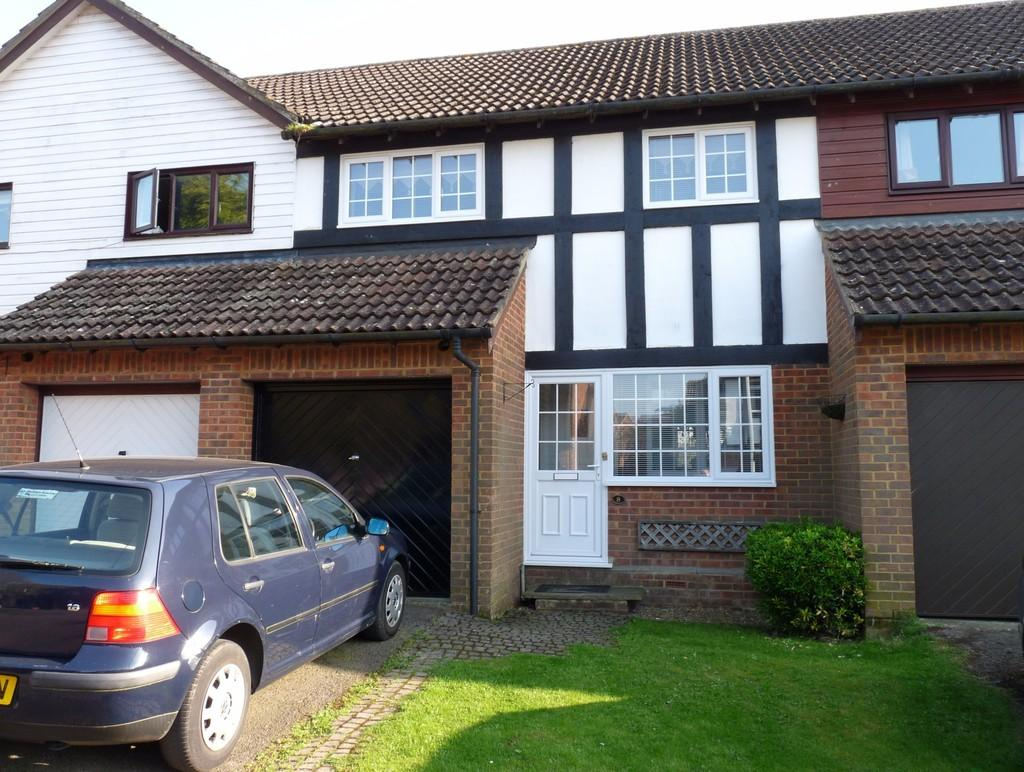 3 Bedrooms Terraced House for sale in Edenbridge