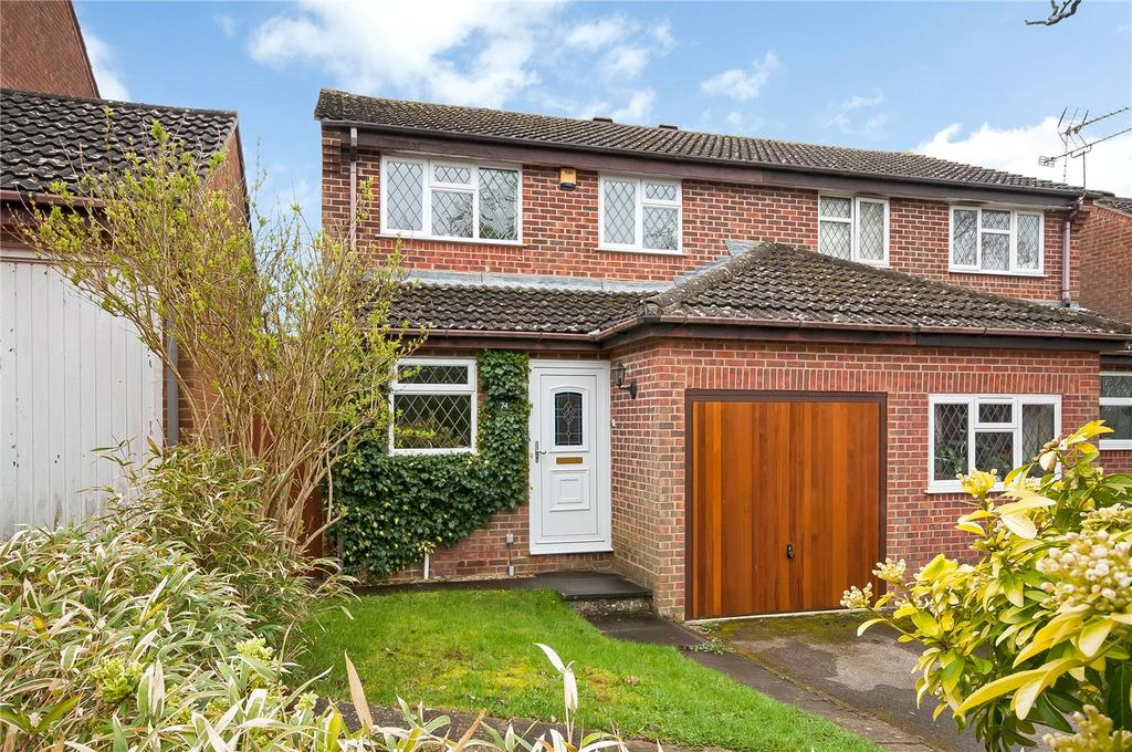 3 Bedrooms Semi Detached House for sale in Wesley Road, Kings Worthy, Winchester, SO23
