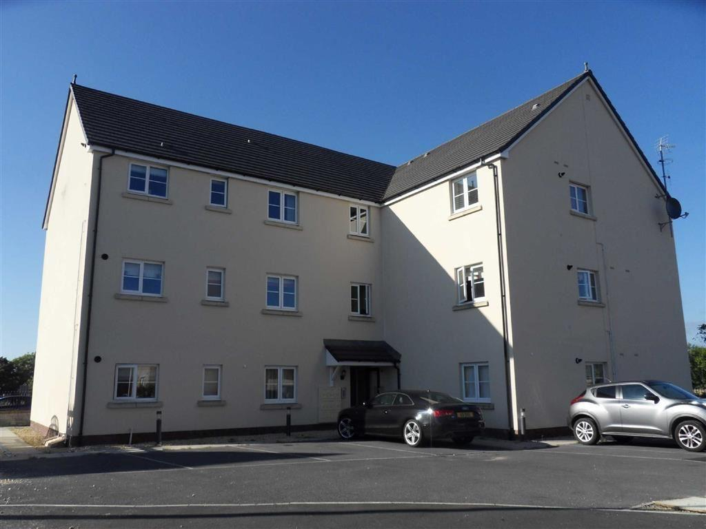 2 Bedrooms Apartment Flat for sale in Rhodfa'r Ceffyl, Carway, Llanelli