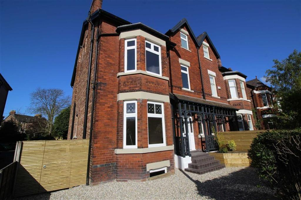 6 Bedrooms Semi Detached House for sale in Barlow Moor Road, Chorlton