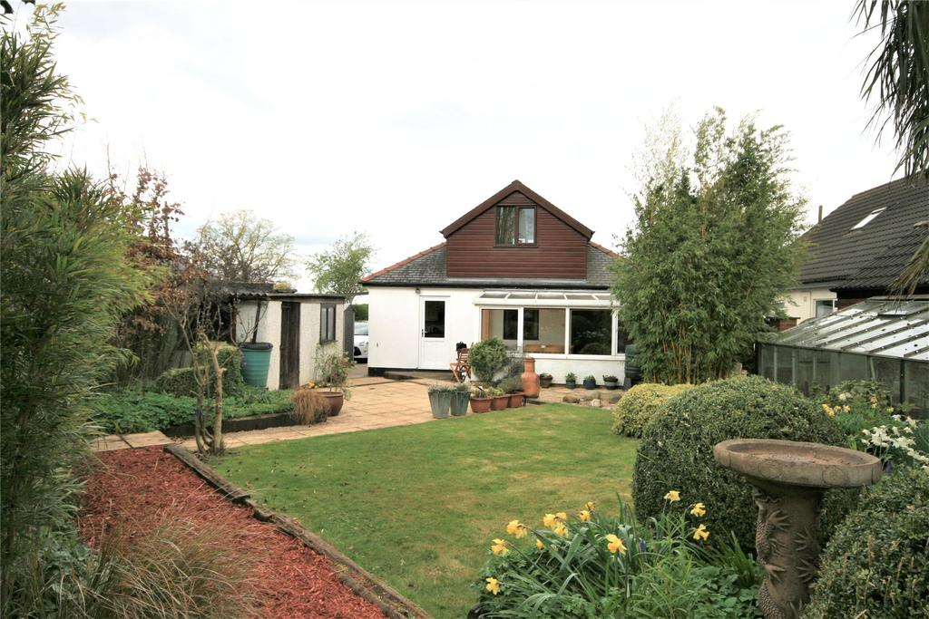 3 Bedrooms Detached Bungalow for sale in Lincoln Road, Branston, LN4