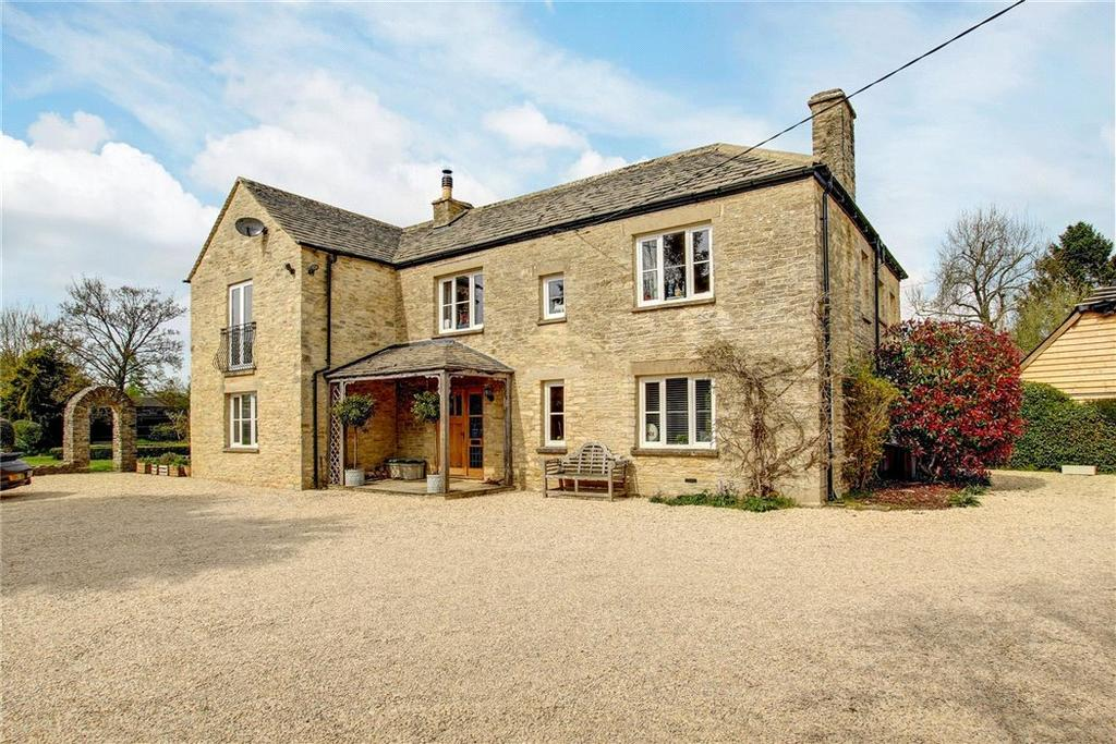 5 Bedrooms Detached House for sale in Eastcourt, Malmesbury, Wiltshire, SN16