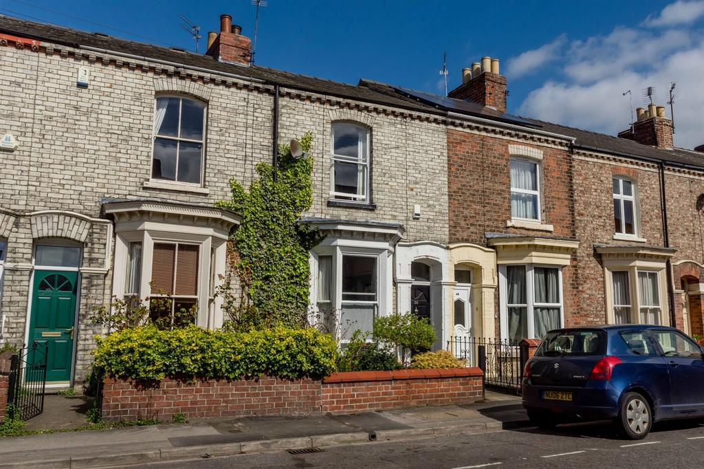 2 Bedrooms Terraced House for sale in Fountayne Street, Haxby Road, York