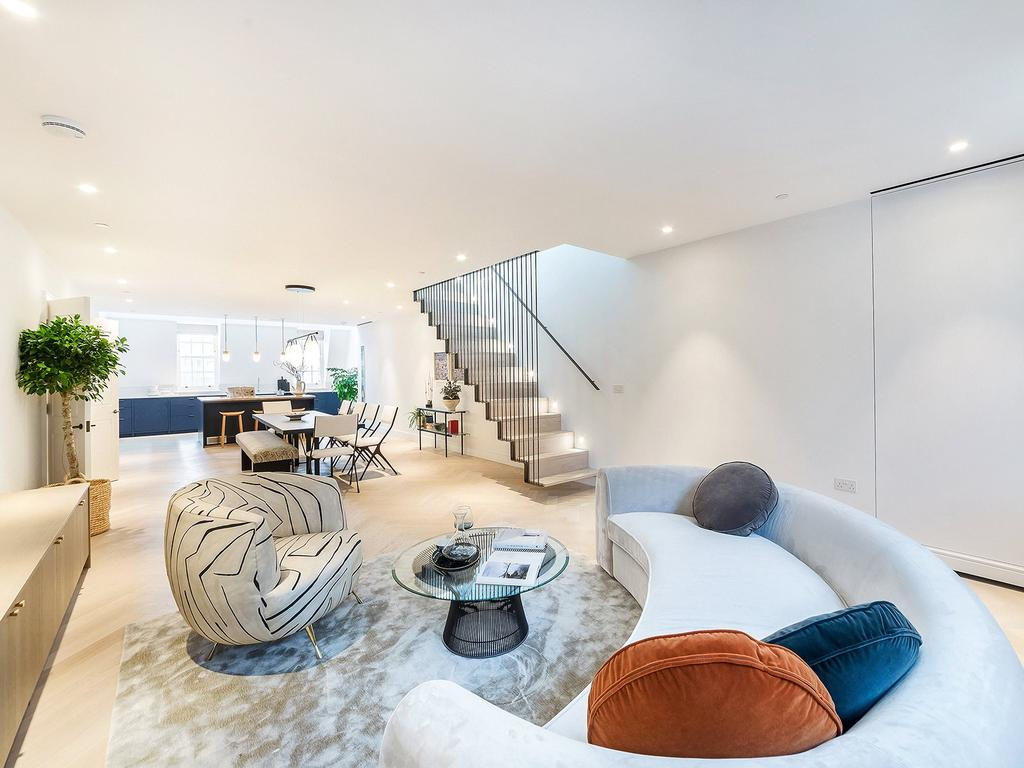 3 Bedrooms Penthouse Flat for rent in Southampton Street, Covent Garden, WC2E