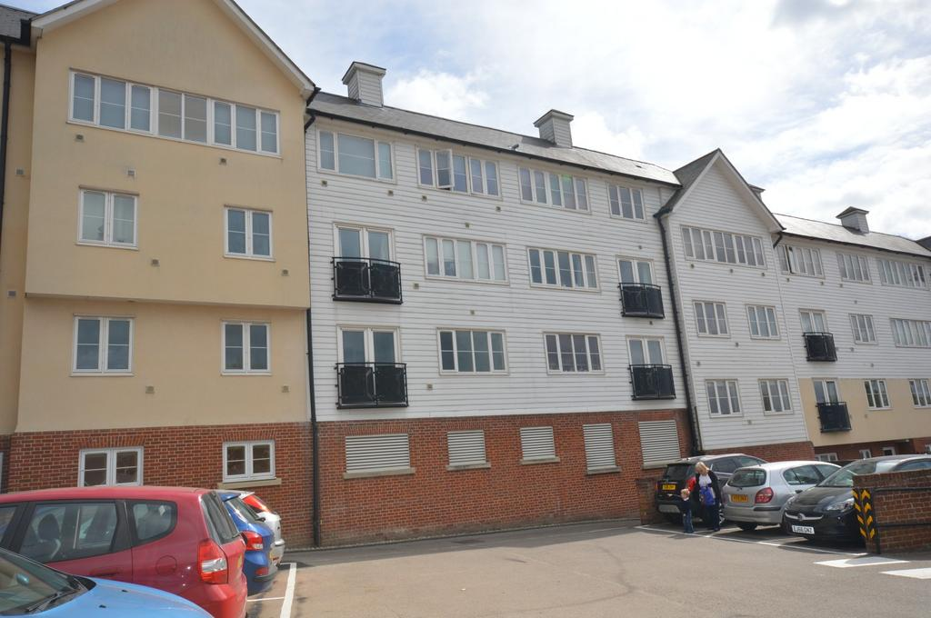 2 Bedrooms Flat for sale in 2 bedroom 1st Floor Flat in Braintree