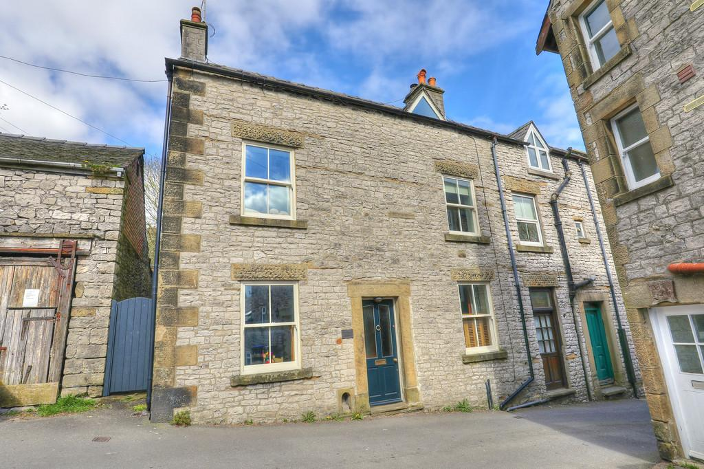 3 Bedrooms Semi Detached House for sale in Parke Road, Tideswell
