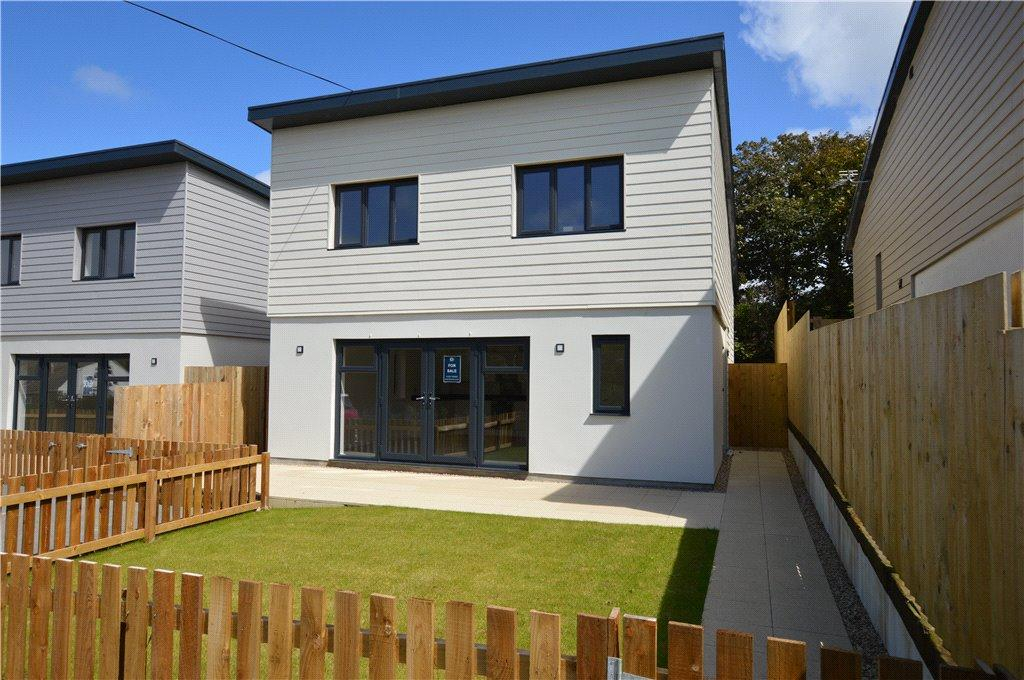 4 Bedrooms Detached House for sale in 21 The Carracks, Halestown, St Ives, Cornwall