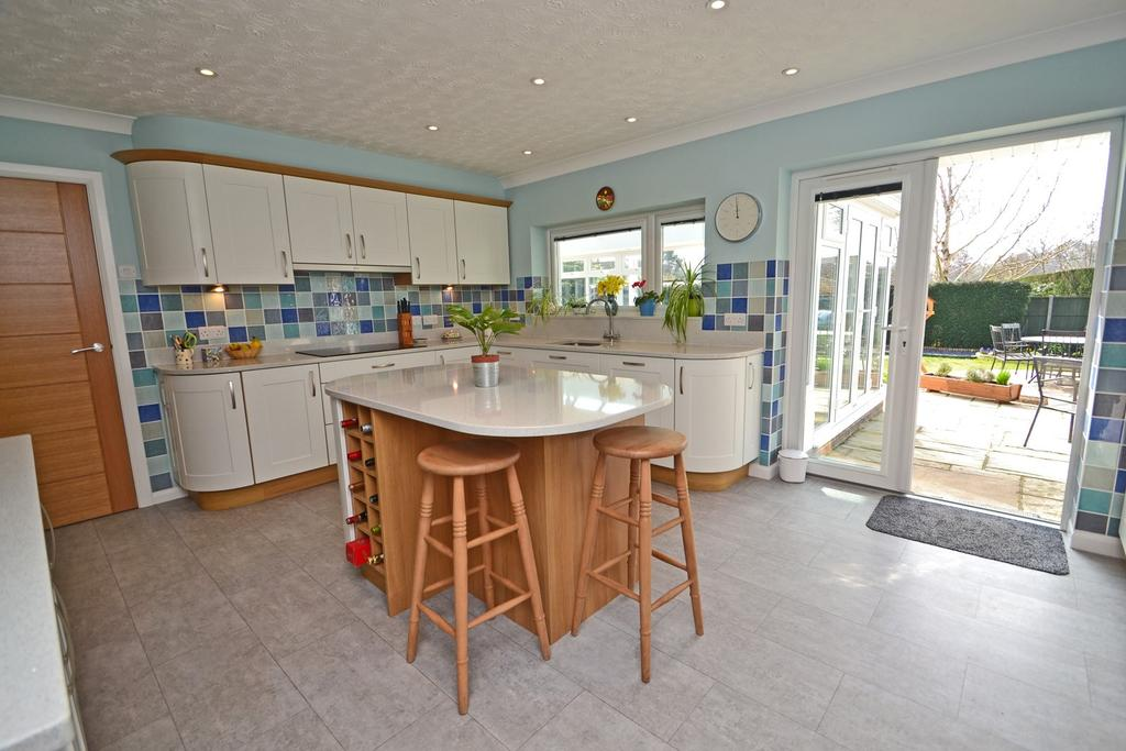 3 Bedrooms Detached Bungalow for sale in West Chiltington, West Sussex, RH20