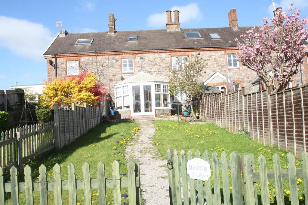 2 Bedrooms Terraced House for sale in Longmead Cottages, Tonedale, Wellington