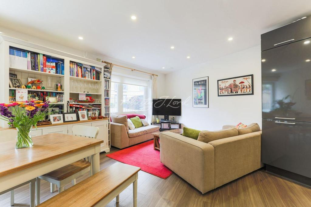 2 Bedrooms Flat for sale in Thackeray House, Highbury, N5