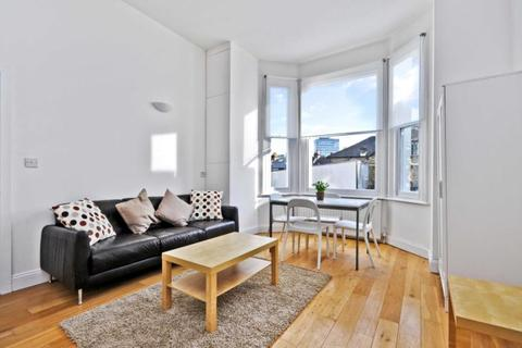 1 bedroom apartment to rent - Loftus Road, Shepherds Bush, London, W12