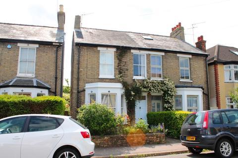 4 bedroom semi-detached house to rent - Richmond Road, Cambridge