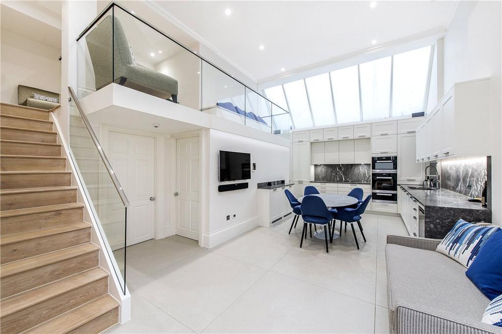 2 Bedrooms Maisonette Flat for sale in King Street, London, SW1Y
